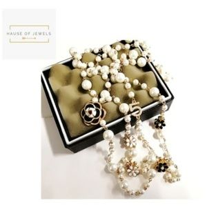 No. 5 Pearl Glam Necklace